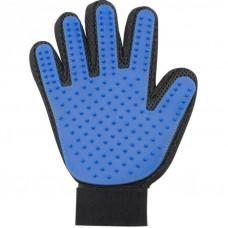Перчатка True Touch для вычёсывания шерсти животных